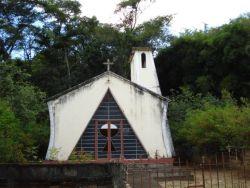 Pequena Capela em Cambui